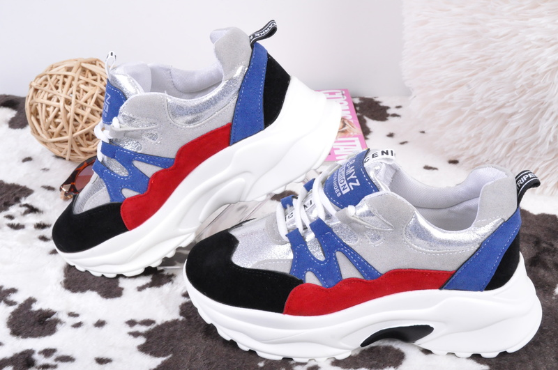 НОВО! Дамски маратонки платформа-Три цвята
