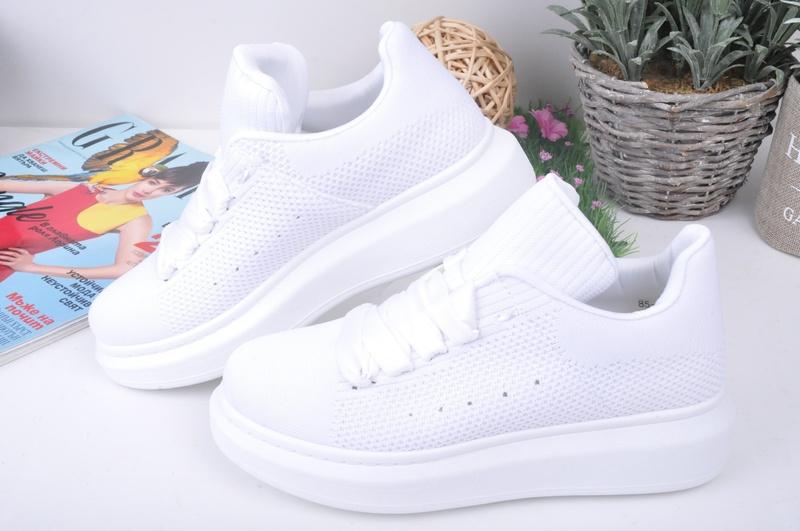 b98ae1f99fc NEW! Текстилни бели дамски кецове - Nancy.bg - онлайн магазин