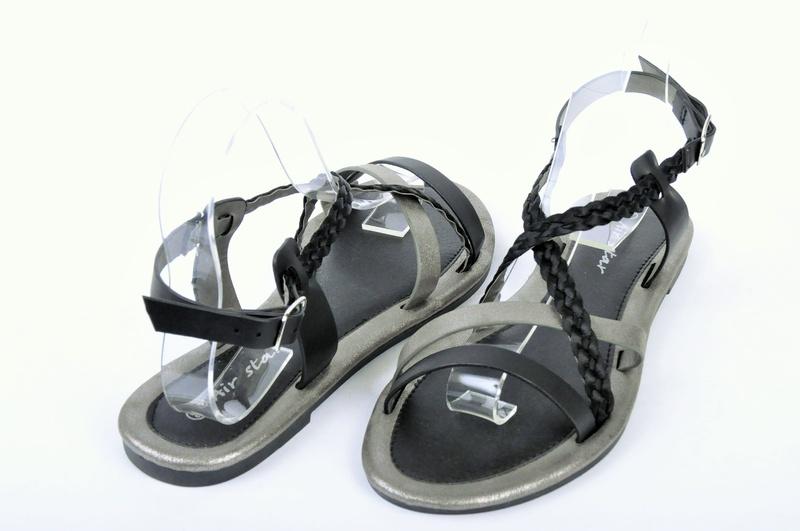 НОВО! Дамски ниски сандали