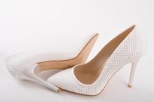 Дамски елегантни обувки на висок ток