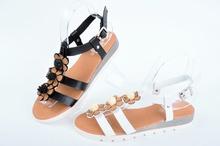НОВО! Дамски сандали Цветя-Два цвята