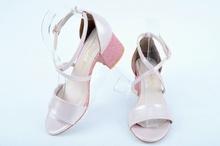 НОВО! Розови дамски сандали на ток