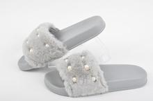 НАМАЛЕНИЕ! Дамски чехли-Пух-Два цвята