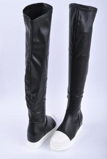 Дамски спортни чизми на платформа