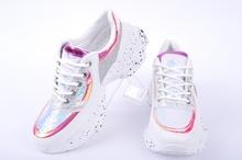 Ефектни дамски маратонки - Два цвята