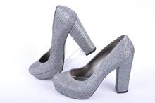 Дамски елегантни обувки висок ток