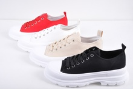 Дамски спортни обувки - Четири цвята