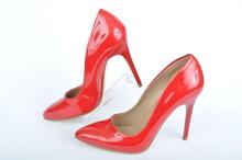 НОВО! Дамски елегантни обувки на ток лак