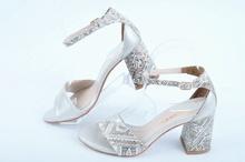 НОВО! Дамски сандали на ток с шарка