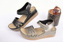 Анатомични дамски сандали