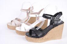 НОВО! Дамски сандали на платформа - Три цвята